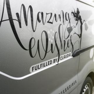 Amazing Wishes bedrijfswagen zijkant